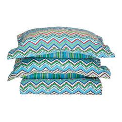 100% Cotton Zig Zag 3pc King Quilt Set - Blue - Made from our premium 100% cotton the Zig-Zag Quilt set is available in two vibrant colors and provides incredible comfort. Luxury at an affordable price! Set includes One Quilt: 106x92 and Two Pillowshams 20x36 each.