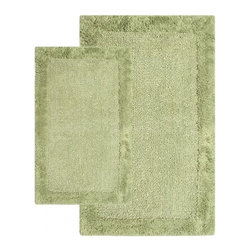 """Chesapeake Merchandising - 2 Piece Bella Napoli Rug Set in Bottle Green - A Luxurious and Comforting reversible bath rug. The Bella Napoli Collection adds warmth to any bathroom.  Spun from 100% Cotton.  This bath rug is plush under foot and comes in 4 colors to coordinate with your bathroom decor.  This bath rug set includes a 21""""x34"""" and 24""""x40"""" Bath Rug. Dimensions: 21""""W X 34""""L and 24""""W X 40""""L; Color: Bottle Green; Material:  Cotton; Shape: Rectangular; Construction: Machine Tufted and Powerloom"""