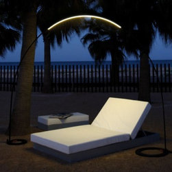 VIBIA | Halley Floor-to-Floor Outdoor Floor Lamp -