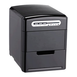 Sunpentown - Portable Ice Maker, Black - A self-contained ice maker: compact, easy to use and requires no installation. Makes 3 different ice cube sizes. Ideal for home bars, recreation rooms, boats - just about anywhere! A few simple steps and you'll have your first batch of ice in less than 10 minutes. Highly portable, you can enjoy cool, refreshing ice wherever 115V outlet (and water) is available.