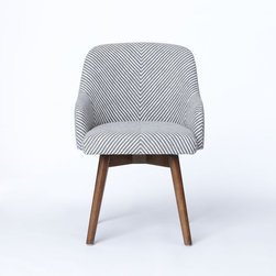 Saddle Office Chair - I love how simple this chair is. It's hard to find a nice desk chair that is also comfy.