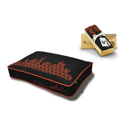 P.L.A.Y. - P.L.A.Y. SFyline Rectangular Bed Cover Ivory Black/Giants Orange Small - Available in red, purple and black, the P.L.A.Y. SFyline Rectangular Bed Cover will go perfectly with the rest of the decor in the house. 100% breathable, allergy free cotton will make sure that your pup has a peaceful night's sleep. The design on the cover shows the might SF skyline celebrating the birthplace of its developer David Collins and P.L.A.Y. The zipper makes it easy to slip on or remove from the bed for dry cleaning. 'I wanted to celebrate the birthplace of P.L.A.Y. So this design uses the company logo to create an image of the San Francisco skyline.' -P.L.A.Y. Artist Dave Collins  Designed for the SFyline rectangular pet bed. SFyline dog bed cover artwork created exclusively for P.L.A.Y. by SF local artist and dog-lover David Collins. Non-repeating design makes your pet feel super-special and shows off your unique fashion sense. Looks great in living room, family room or SUV. 100% natural cotton covering is soft, breathable and allergy-free. Furniture-grade craftsmanship and even-basting stitching ensures dog-years of use. Custom-made P.L.A.Y. zipper makes it easy to slip cover off for washing or replacement for a new style. Made in a facility that meets the strict quality standards for infant and children products. Momo-approved and tested by her four-legged friends.
