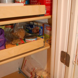 Pull Out Pantry Shelves - Access everything in your pantry with ease with custom made pull out pantry shelves from ShelfGenie of Kentucky.