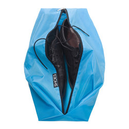 Great Useful Stuff - 2-Piece Travel Shoe Bag Set - Keep your shoes paired up and the clothing next to them clean in this convenient zip-up bag. Lightweight, roomy and designed to keep shoe dirt and odors contained, this handy pouch will keep your luggage — and you — neatly outfitted.