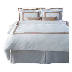 LaCozi - LaCozi Beige and White Duvet Cover Set - Dream weaver: This magnificent duvet cover set is woven with 1,100-thread count cotton for a luxury only a five-star resort can duplicate. Each set is hand sewn with a brilliant color of your choice against crisp white.