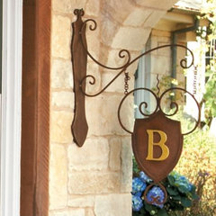 traditional outdoor decor by Ballard Designs
