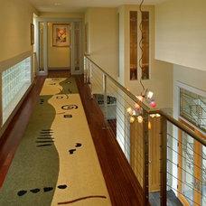 Contemporary Hall by LisaLeo designs