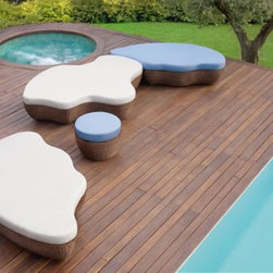 Les Isles Lazy Lounge - These modular pieces are great for creating seating areas outdoors. Place them together in multiple formations to change the look of a space.