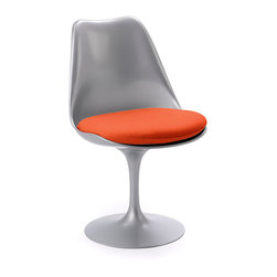 Knoll - Tulip Chair - Spin into style with this unique chair, which features a round leather seat and a swivel base. Designed iconically by Eero Saarinen, this sleek fiberglass chair will bring refinement to any room in your home or office.