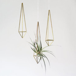 Brass Himmeli Air Plant Holder/Prism Ornament by AMradio - I'm digging this Himmeli mobile ornament. It is perfect for post-holiday season use as an airplant holder.