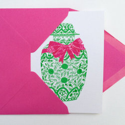 Green Chinoiserie Ginger Jar with Bow Notecards by The Pink Pagoda - These Happy Holidays Green Chinoiserie Ginger Jar with Bow Notecards are favorites of mine. They are also available with Merry Christmas or as plain note cards for a great hostess gift or stocking stuffer.