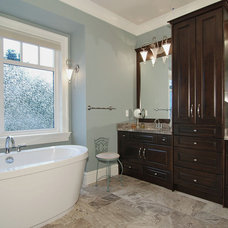 Craftsman Bathroom by F. M. Construction Ltd