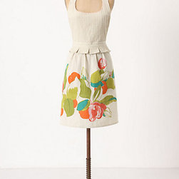 Citrus Grove Apron - Show off your love of fresh produce with this stylish apron.