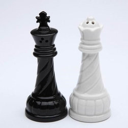 CG - 3.75 Inch Black King and White Queen Ceramic Salt and Pepper Pot Set - This gorgeous 3.75 Inch Black King and White Queen Ceramic Salt and Pepper Pot Set has the finest details and highest quality you will find anywhere! 3.75 Inch Black King and White Queen Ceramic Salt and Pepper Pot Set is truly remarkable.