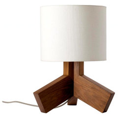 modern table lamps by Blu Dot