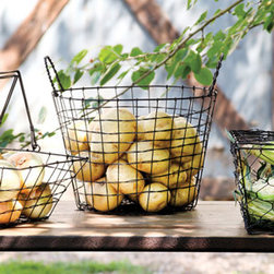 Rustic Wire Potato Basket - These rustic wire baskets are inspired by potato baskets used on some farms. I could see a hundred uses for them, from storing wood by the fireplace to corralling toys in the living room to displaying a few fluffy towels in the guest bath.