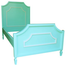 Traditional Kids Beds by Newport Cottages