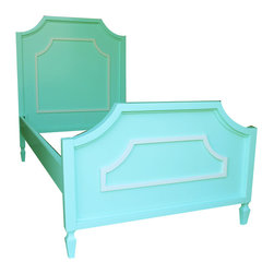 Newport Cottages - Beverly Bed with Molding - This charming bed would look nice in your room, your daughter's room or your guest room. The lovely molding and curved edges lend a sweet touch to the centerpiece of your bedroom.