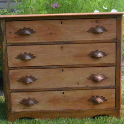 Antique American Victorian Pine Chest of Drawers - Antique American Victorian Pine Chest of Drawers