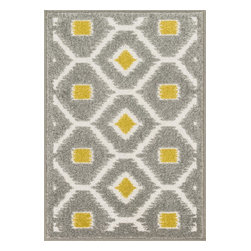 "Loloi Rugs - Loloi Rugs Terrace Collection - Grey / Citron, 3'-0"" x 3'-0"" Round - Bold design and bright colors come together beautifully in the outdoor-friendly Terrace Collection. Each Terrace rug is power loomed in Egypt of 100% polypropylene that's specially treated to withstand rain and UV damage without staining or fading color.�"