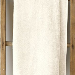 Garnet Hill - Garnet Hill Signature 600-Gram Cotton Bath Towels - Face Cloth, Pair - Natural - These thirsty bath towels are made of the finest long-staple Egyptian cotton. The extra-thick 600-gram cotton terry has long loops that are specially finished to provide maximum absorbency. Double-stitched hems for durability. Generously sized, these towels are made in Turkey exclusively for Garnet Hill. Bath mat is 800-gram terry. Monogramming is available.