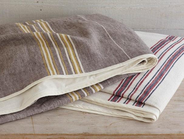 Traditional Tablecloths Traditional Tablecloths