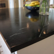 Traditional  by Latera Architectural Surfaces / Dorado Stone