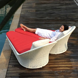 Honeymoon Outdoor Chaise Lounge - The Honeymoon outdoor chaise forms a heart shape when two of the loungers are placed side by side.