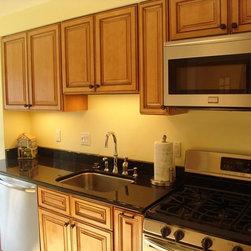 Light Brown Kitchen Cabinets    Sandstone Rope Door     Kitchen Cabinet Kings - Light Brown Kitchen Cabinets    Sandstone Rope Door     Kitchen Cabinet Kings