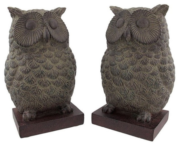 Traditional Bookends by Amazon