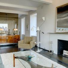 Modern Living Room by Workshop/apd