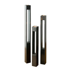 DESU DESIGN Parallel Stem Candle Pedestals