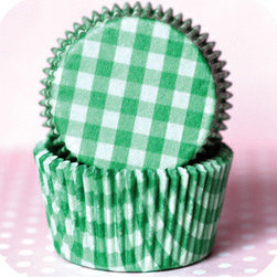 Grass Green Country Plaid Baking Cups - I present all my cupcakes in patterned baking cups. To me, having an assortment of baking cups on hand is essential. However, because the batter can show through even the most durable liners, I prefer to bake in white cupcake liners, and then sit the baked and decorated cupcakes in prettier liners to serve.