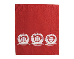 Cricket Radio - Montauk Diving Helmet Hand Towel, Red/White - Submerge yourself in easy color and handmade style. This hand towel features vintage diving helmets hand-printed on Italian linen. In your choice of colors, it will add a perfect nautical touch in your kitchen or bath — or get several to use as oversize napkins. Go ahead. Take the plunge.