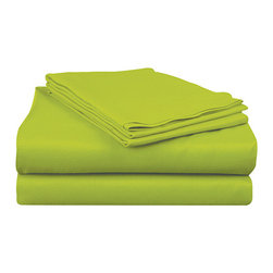 Sam Salem & Son - Grass Rampage Sheet Set - Wake up refreshed with this vibrant sheet set that brightens the bed and injects the room with a splash of modern flair.   Twin and twin XL include flat sheet, fitted sheet and pillowcase Full, queen and king include flat sheet, fitted sheet and two pillowcases Available in multiple sizes Polyester Machine wash; tumble dry Imported