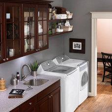 original_laundry-galley-dark-cabinets_s4x3_lg.jpg