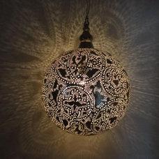 Traditional Pendant Lighting by E Kenoz