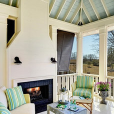 Porch Sittin' & Outdoor Livin' / love this porch! House of Turquoise: Structures