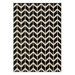 """Loloi Rugs - Loloi Rugs Goodwin Collection - Black / Ivory, 2'-3"""" x 3'-9"""" - Go bold with the big graphic patterns featured in the Goodwin Collection. Power loomed in Turkey of 100% polypropylene, expect amazing color fastness from the resilient fiber and unparalleled durability from the densely packed yarns. Available in scatter, regular, round, and runner sizes."""