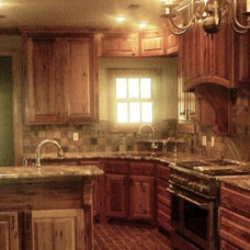 Traditional Kitchen by Expand, Inc