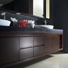 modern bathroom bath