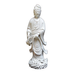 Golden Lotus - Chinese White Porcelain Kwan Yin Holding a Basket Figure / Statue - You are looking at a white porcelain Kwan Yin holding a basket statue. Yu Lan Kwan Yin ( Kwan Yin holding a basket) is one of the most famous poses of 33 Kwan Yin figures.