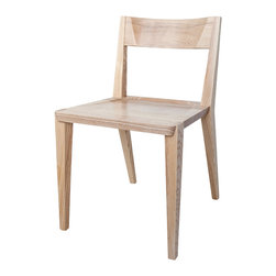 Studiomoe - Oslo Dining Chair - When it comes to chairs, comfort is as important as good design. With the Oslo Dining Chair you get both – exceptional comfort in a timeless form. Our unique design has been refined over the years to an essential elegance. Handcrafted with exquisite attention to detail, these chairs are built to last for generations.