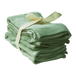SHOO-FOO - Bundle of 4 Bamboo Washcloths - 600 gsm, Sage Green, 1 Set - Washing off makeup after a long day's work is only complete when you've got a bamboo face towel to gently pat off your clean pores and fresh glowing skin! This towel is great as a cosmetic towel or washcloth or simply for what it is appropriately named