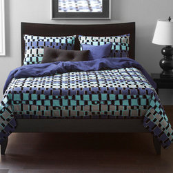 Siscovers - Urban Exchange Storm Blue and Black Six Piece Queen Duvet Set - - Flocked texture  - Set Includes: Duvet - 94x98, Two Queen Shams - 30x20, One Decorative Pillow - 16x16, One Decorative Pillow - 26x14  - Inserts: Polyester  - Duvet Material: 87% Cotton 13% Nylon  - Sham Material: 100% Polyester  - Pillow Material: 100% Polyester  - Workmanship and materials for the life of the product. SIScovers cannot be responsible for normal fabric wear, sun damage, or damage caused by misuse  - Reversible Duvet and Shams  - Care Instructions: Dry Clean Only  - Made in USA of Fabric made in China Siscovers - UEST-XDUQN6