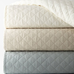 "Horchow - King Quilted Hampton Coverlet 104"" x 90"" - WHITE (KING) - King Quilted Hampton Coverlet 104"" x 90"""