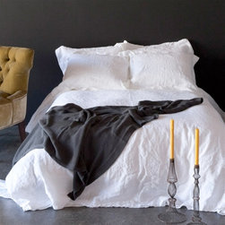 """Bella Notte - Bella Notte Duvet Cover Linen Twin White - Quick Ship - Bella Notte offers luxurious, eco-friendly linens and decor in custom-dyed colors and irresistible textures. Classically beautiful, the signature linen duvet cover boasts a subtle weave that becomes even softer over time. Available in several rich shades, this versatile bedding accent is finished with a button closure. Each order is custom made in the USA and considered a final sale. Made from 100% linen. Machine wash. Available in three sizes. Insert not included. Twin: 71""""W x 88""""H. Queen: 90""""W x 94""""H. King: 108""""W x 94""""H."""
