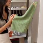 Full Circle - Full Circle Magnetic Stick'em Kitchen Towel - Tired of misplacing your kitchen towels? Under the Sink, in the drawer, hanging on the oven handle? Who knows? Now you will. The Full Circle magnetic kitchen towels offer a convenient time saver and memory aid.