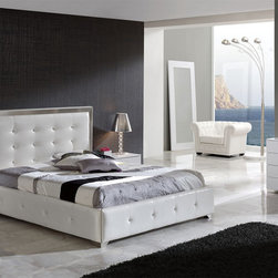 Made in Spain Leather Luxury Contemporary Furniture Set with Extra Storage - Coco Spain made luxurious bedroom set in white leather. This white bedroom set will help you bring sophisticated sense of style into your bedroom decor with its unique design features and European quality. Queen Size Bed: 69 x 85 x 47