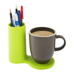 j-me deisngs - Jot Desk Coaster and Pen Holder, Green - Jot is a colourful desk accessory which allows you to bring together two of your desk's most essential items; your mug & your pens! It has the ability to hold a much needed caffeine hit right next to your favourite pens so you're ready for the working day. Your desk will certainly be the envy of others with this modern & minimalist desk piece.